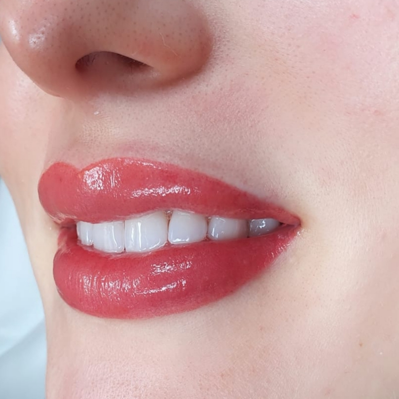 Lippen Permanent Makeup Wien
